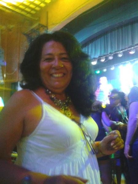 Mujer de Vedado (Cuba) busca Una pareja estable con Hombres